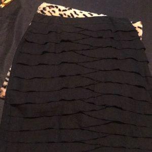 Larry Levine Ladies Linen Black Skirt
